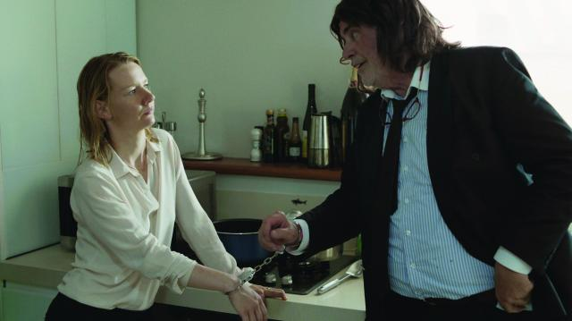 An image of a scene from the movie Toni Erdmann.